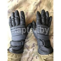 Перчатки спецназа Нидерландской полиции.