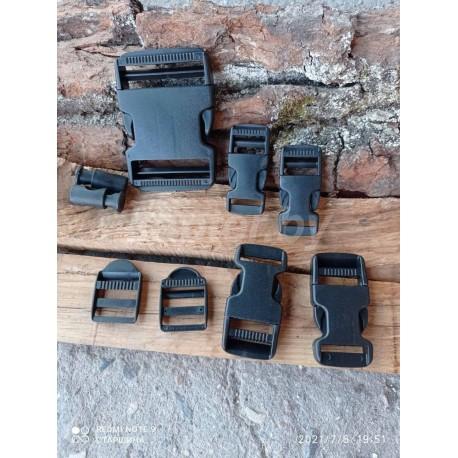 Набор фурнитуры: fastex и пряжек Mil-Tec из 9 предметов. Чёрный.